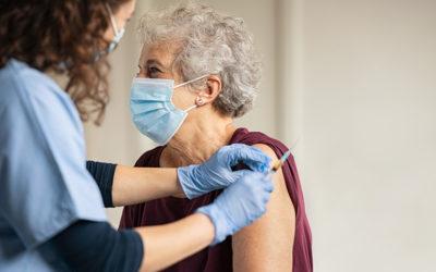Cosa emerge dal primo rapporto sulla sorveglianza dei vaccini COVID-19